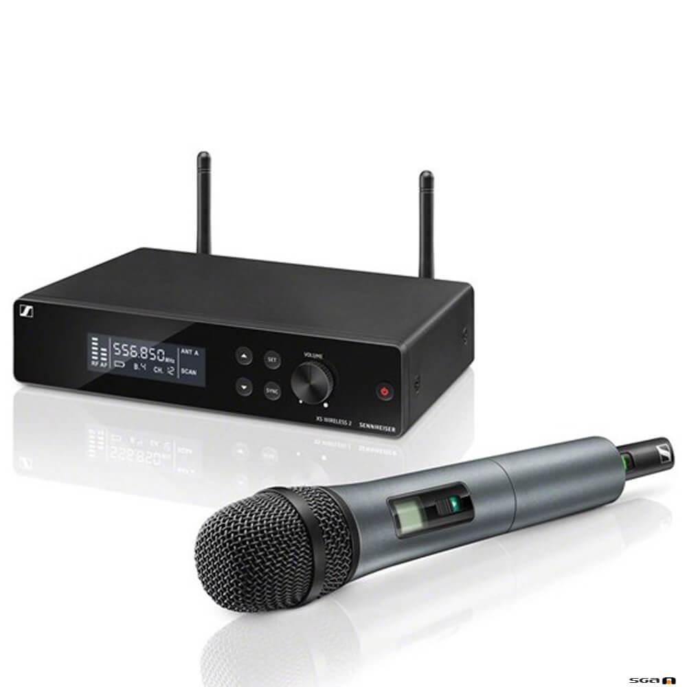 Sennheiser XSW 2-835 true diversity wireless microphone receiver w/ handheld transmitter (835 capsule)